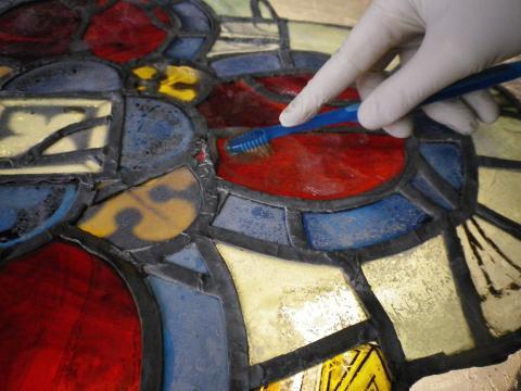Restauration du vitrail